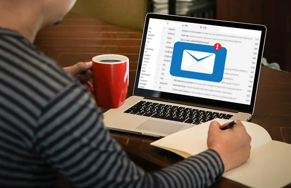 2 Crucial Tips to Get More People to Join Your Mailing List